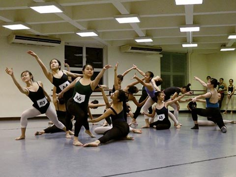 dTEAM – The Contemporary Performance Team